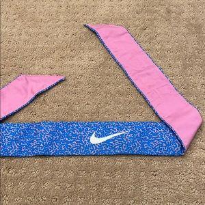 Nike Women's Tie Headband